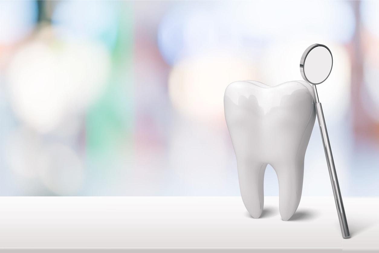 LA periodontist