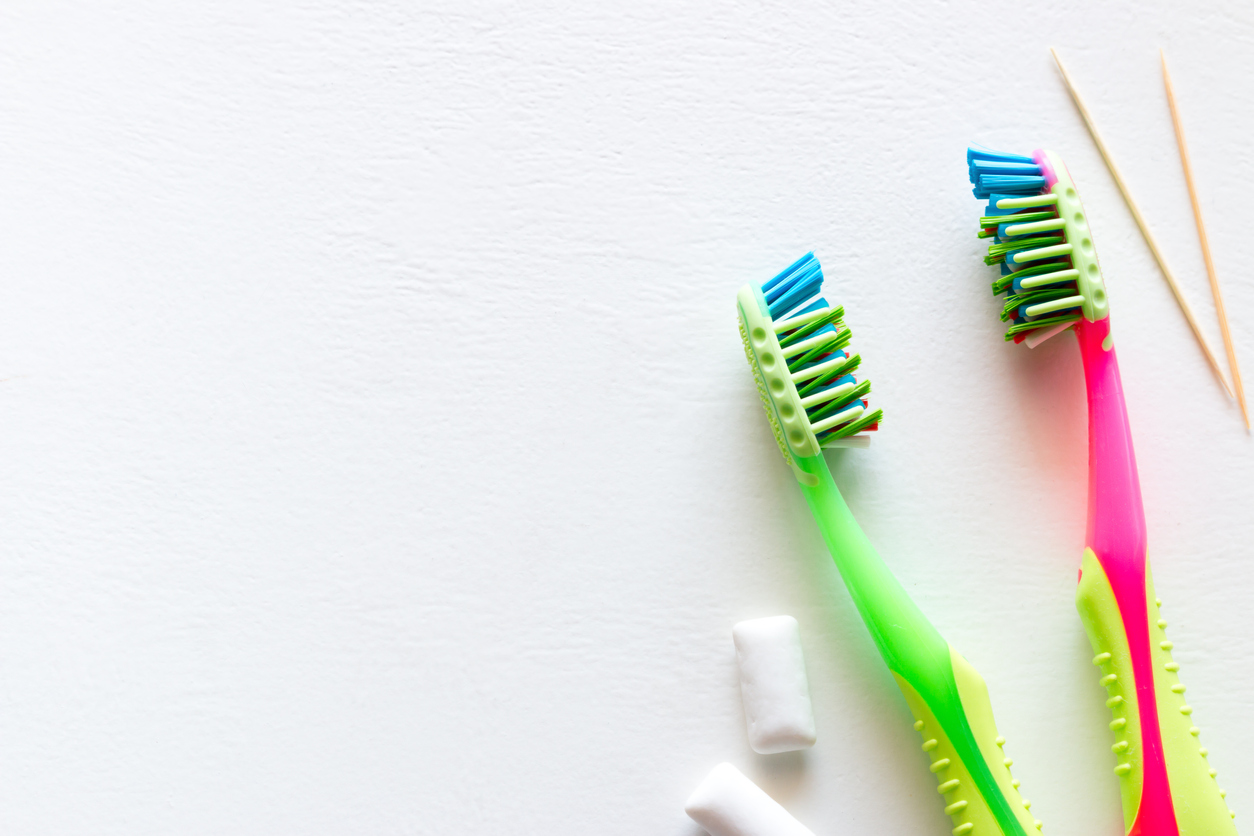 Toothbrushes for cavity prevention at home